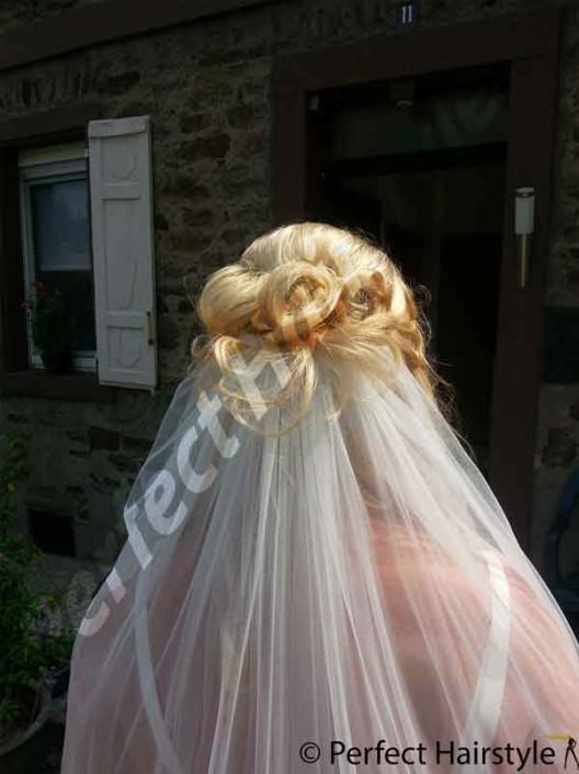 gallerie Gallerie 26 Brautfrisuren Perfect Hairstyle 528x705